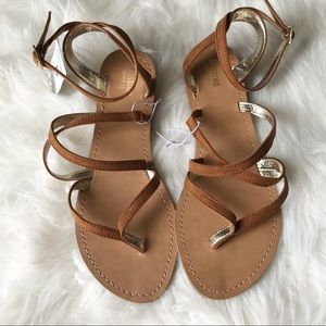 NWT brown strappy sandals Sz 8